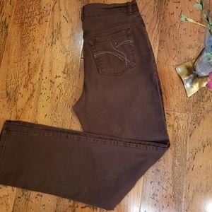 2 for 20 Gloria Vanderbilt Amanda Brown Jeans